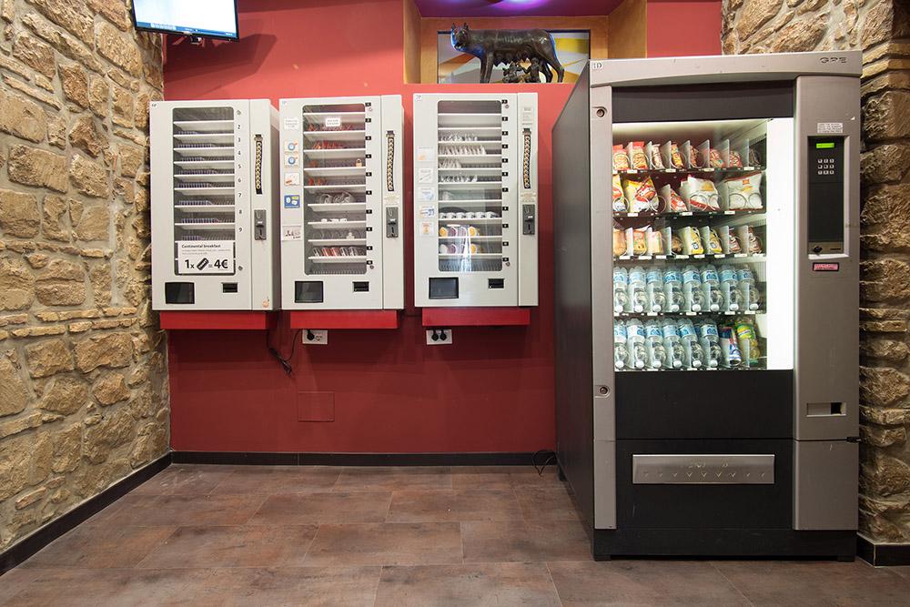 palace_vending